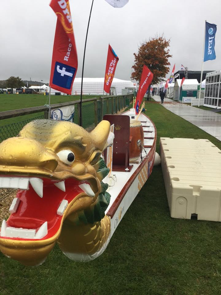 Showmans Show Dragon Boat